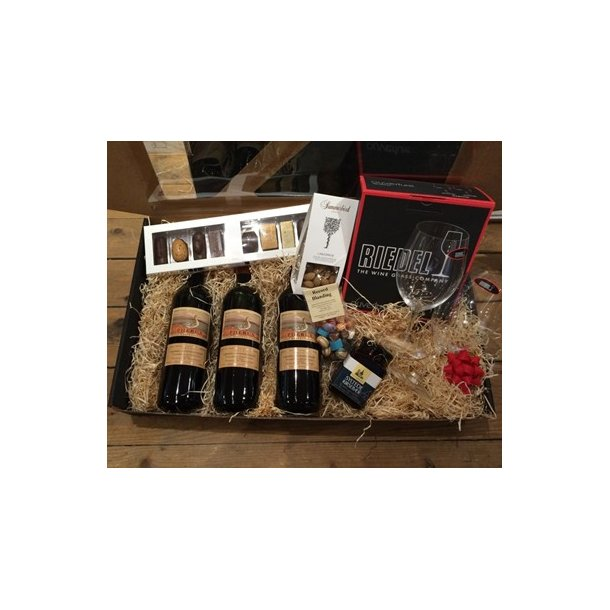 Gave med Summerbird chokolade, vin og Riedel vinglas